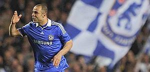 Alex, difensore del Chelsea. Action Images