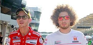 Marco Simoncelli con Valentino Rossi: erano amici. Afp
