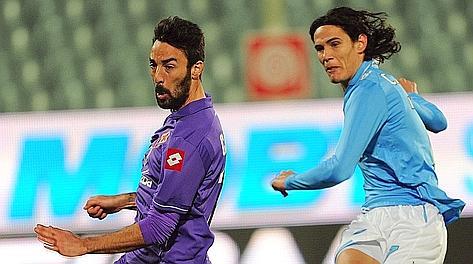 Edinson Cavani realizza il secondo gol. Ansa