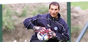 Francesco Mancini, qui con la maglia del Napoli, aveva 43 anni. Archivio