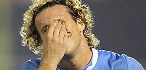 Diego Forlan, infortunatosi con la maglia dell'Uruguay. Reuters