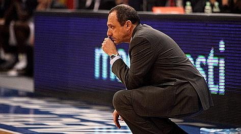 La preoccupazione di Ettore Messina, assistant coach dei Lakers. Archivio Rcs