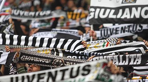 La festa infinita dei tifosi bianconeri allo Juventus Stadium. Lapresse