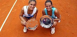 Roberta Vinci e Sara Errani è loro il titolo del doppio. Ansa