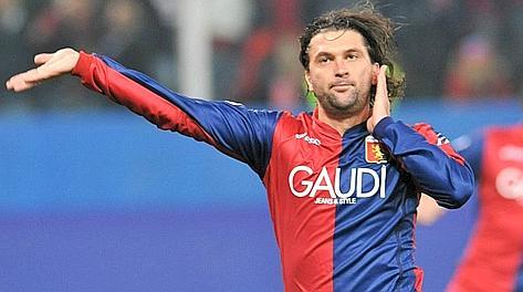 Omar Milanetto ai tempi del Genoa. Ansa