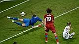 Il gol decisivo di Jiracek, 30 anni. Afp