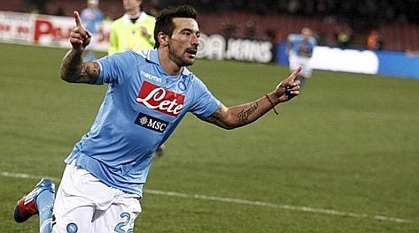 Ezequiel Lavezzi saluta Napoli dopo cinque stagioni. Ansa