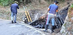 Quel che resta della Peugeot di Catelani-Bertoneri dopo la tragedia