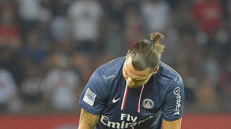 Zlatan Ibrahimovic all'esordio in Ligue 1. Epa