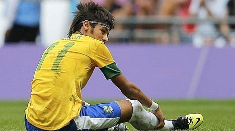 Neymar sconsolato. Reuters
