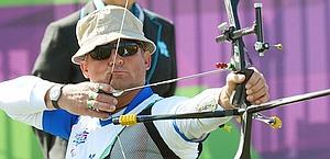 Oscar De Pellegrin, oro nell'arco. Ansa