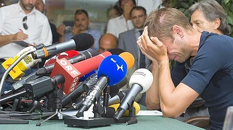 La disperazione di Alex Schwazer nella conferenza stampa-confessione. Ap
