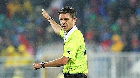 Gianluca Rocchi, 39 anni, oltre 100 partite dirette in Serie A. Forte
