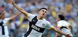Leandro Daniel Paredes, 18 anni, talento del Boca Juniors. Ansa
