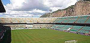 Il Barbera di Palermo, tre quarti di stadio non sono coperti. Ansa