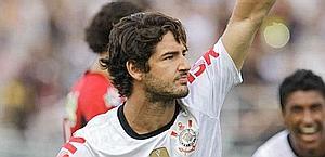Pato esulta dopo il primo gol in maglia bianconera