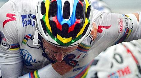 La caduta: Mario Cipollini si � ritirato nel 2008. Afp