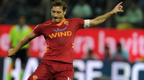 Francesco Totti, capitano della Roma. Ansa