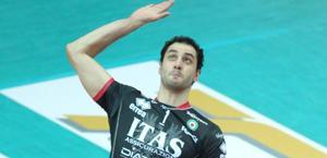 Matey Kaziyski in attacco