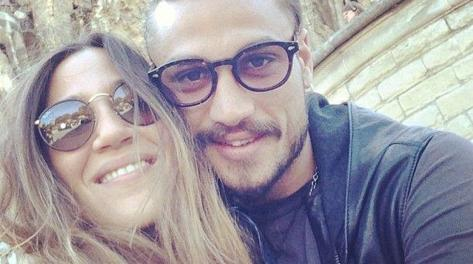 Osvaldo con la fidanzata Jimena Baron in una foto pubblicata da lei su Twitter