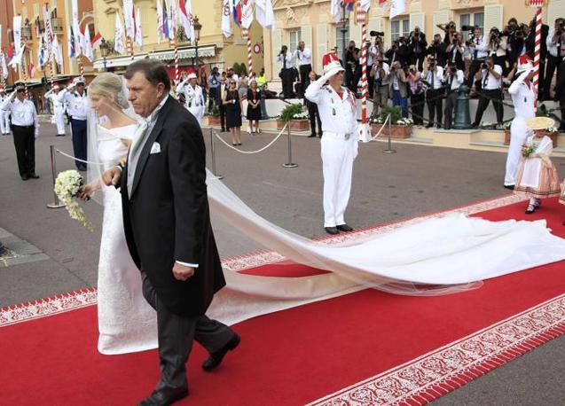 Tappeto Matrimonio Azzurro : Matrimonio principesco