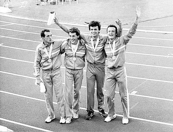 """La 4x100 argento ai Mondiali di Helsinki 1983 con il primato italiano: 38""""37. Da sinistra, Mennea, Tilli, Simionato e Pavoni"""