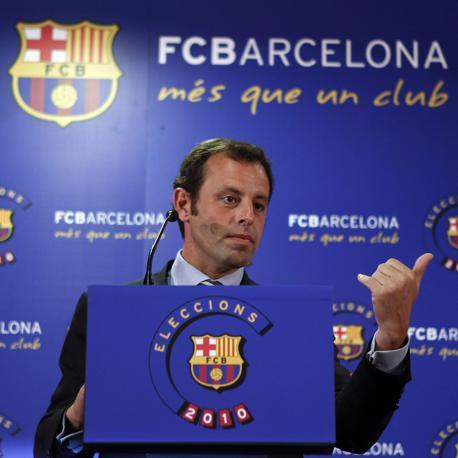 """Sandro Rosell (presidente del Barça): """"Mourinho sarà ricevuto come questo signore si merita""""."""