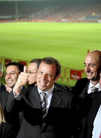 """Sandro Rosell (presidente del Barça): """"Accoglieremo Mourinho in maniera  educata, così siamo noi""""."""