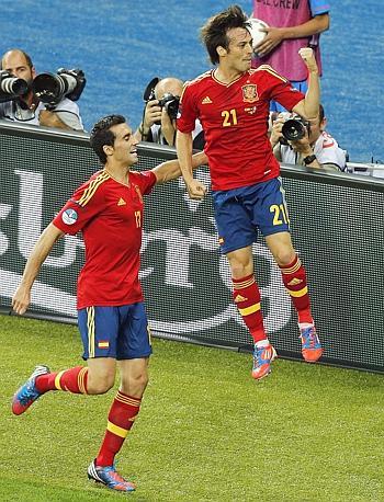 Arriva anche il raddoppio di Jordi Alba sul passaggio gol del solito Xavi. Ansa