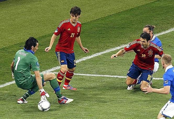 La Spagna continua ad attaccare. Ansa