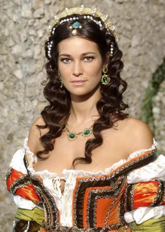 Numero 9: Manuela Arcuri. Ansa