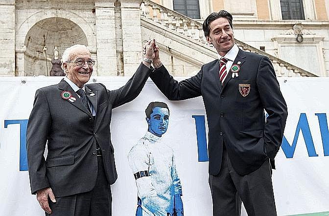 In Piazza del Campidoglio Edoardo Mangiarotti e Stefano Pantano. Arch. Gazz