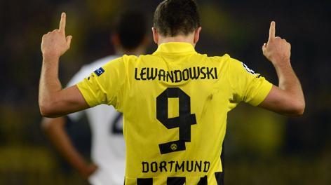 Robert Lewandowski, quattro gol al Real. Afp