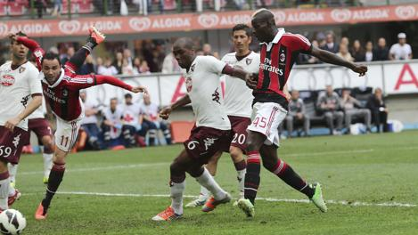 Il tap-in vincente di Balotelli. Ap