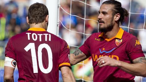 Totti e Osvaldo. Ansa