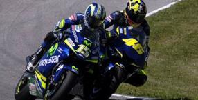 Jerez 2005: spallata-vittoria di Rossi a Gibernau.