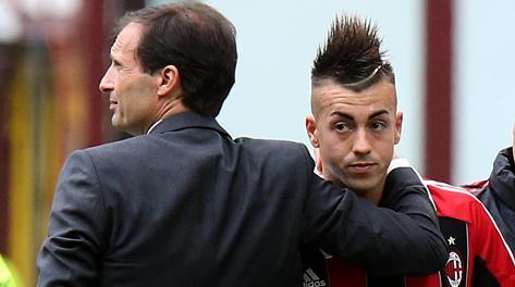 Massimiliano Allegri consola Stephan El Shaarawy. Ansa