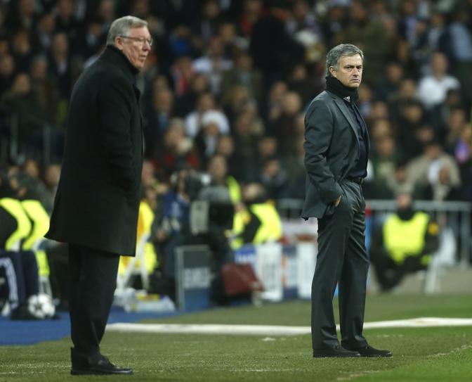 13 febbraio 2013. Ferguson e Mourinho al Santiago Bernabeu. Ap