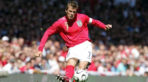 Ecco Beckam al Manchester United: capitano. Afp