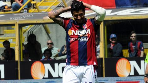 Panagiotis  Kone si dispera dopo l'ennesima occasione persa dal Bologna. LaPresse