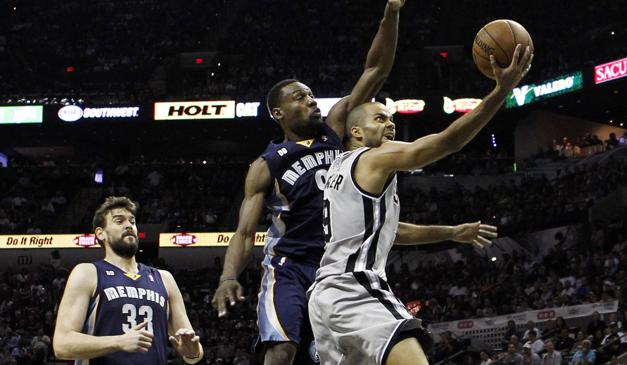 Ultime Notizie: San Antonio incontenibile Memphis spazzata via 