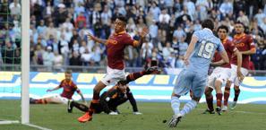 Il gol di Lulic. LaPresse