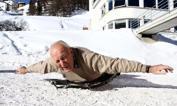 Morto Bibbia, 1° oro bianco    -  È morto Nino Bibbia, primo italiano a vincere l'oro  alle Olimpiadi invernali. Bibbia, che si impose nello skeleton a St. Moritz 1948, aveva 91 anni. In questa foto, scattata nel 2006 a St. Moritz dove ormai viveva, in occasione delle Olimpiadi invernali di Torino, Bibbia   ripercorreva l'azione del suo trionfo. Omega