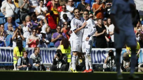 Higuain e Callejon, entrambi in gol al Bernabeu. Reuters