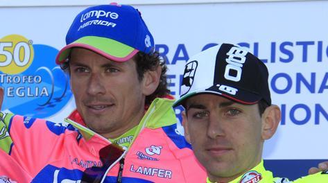 Filippo Pozzato e Mauro Santambrogio sul podio del Trofeo Laigueglia. Bettini