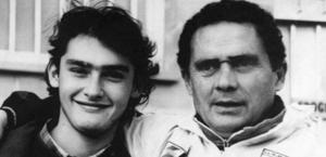 Un giovane Gianluca con papà Gianni