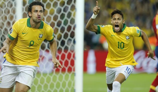 Fred e Neymar, grandi protagonisti contro la Spagna. LaPresse