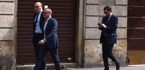 L'arrivo di Marotta e Paratici in corso Magenta a Milano