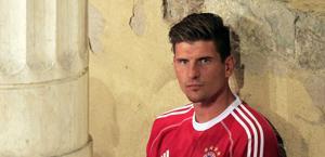 Gomez in ritiro a Riva del Garda. Reuters