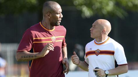 Maicon con il preparatore atletico Vito Chinnici